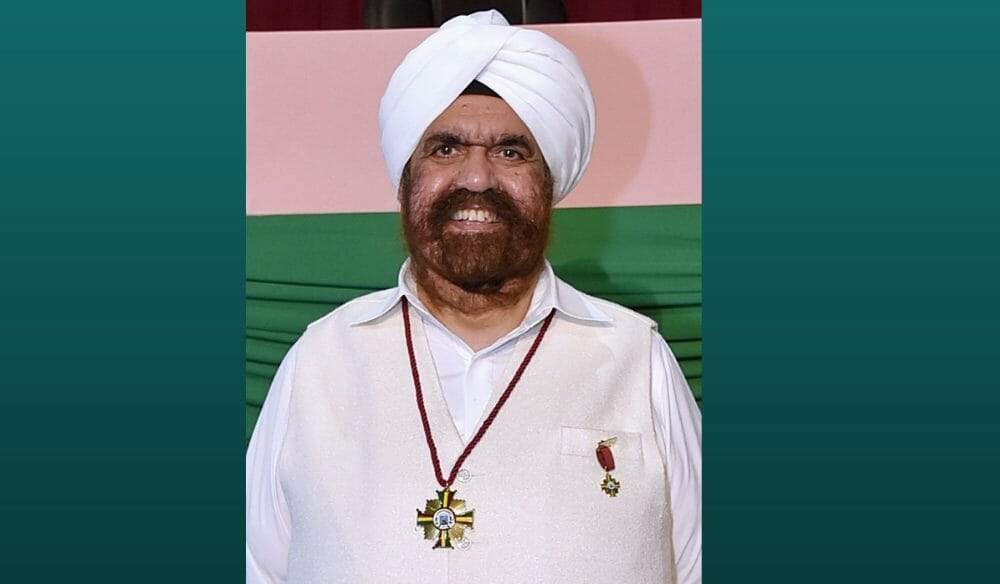 Sant Rajinder Singh Ji Maharaj Receives Honor During Visit to Cali, Colombia